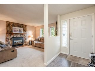 """Photo 4: 2391 WAKEFIELD Drive in Langley: Willoughby Heights House for sale in """"LANGLEY MEADOWS"""" : MLS®# R2577041"""