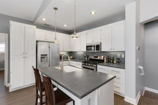 Photo 8: SCRIPPS RANCH Townhouse for sale : 2 bedrooms : 11661 Miro Cir in San Diego