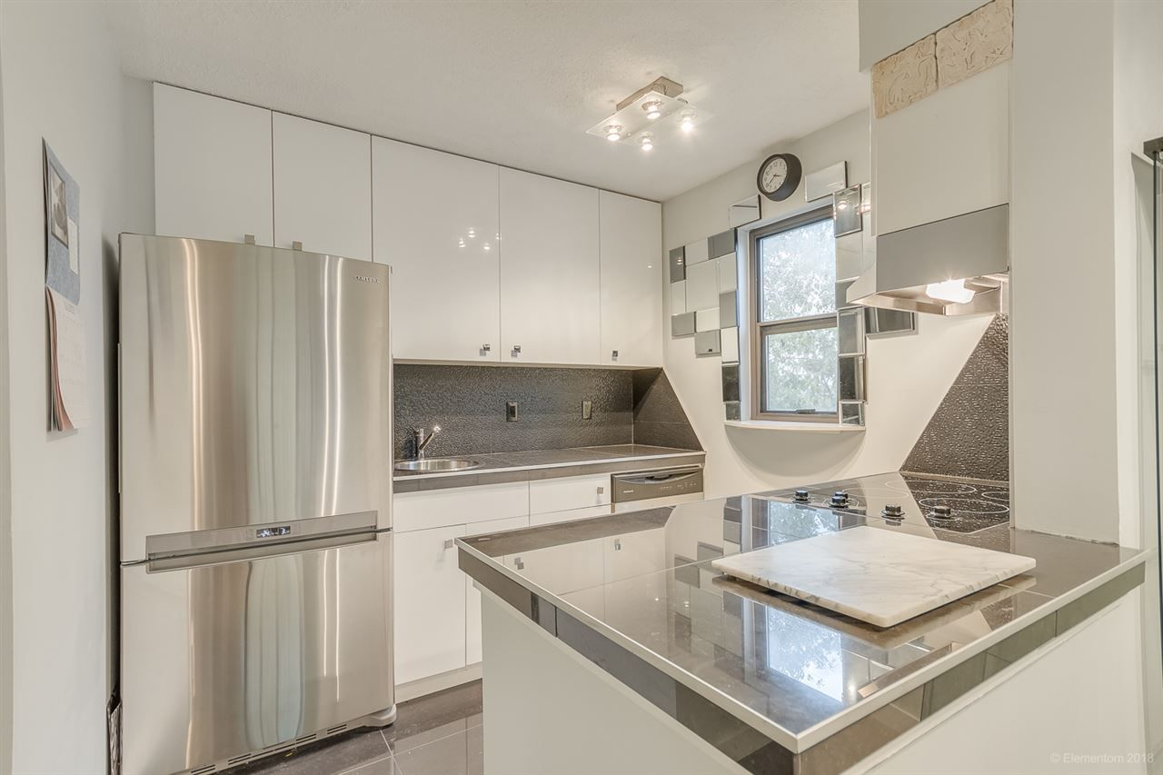"""Main Photo: 413 2142 CAROLINA Street in Vancouver: Mount Pleasant VE Condo for sale in """"WOOD DALE"""" (Vancouver East)  : MLS®# R2523020"""