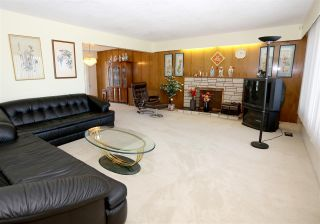 Photo 2: 6142 KNIGHT Street in Vancouver: Knight House for sale (Vancouver East)  : MLS®# R2210456