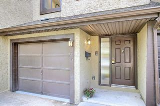 Photo 44: 64 Glamis Gardens SW in Calgary: Glamorgan Row/Townhouse for sale : MLS®# A1112302