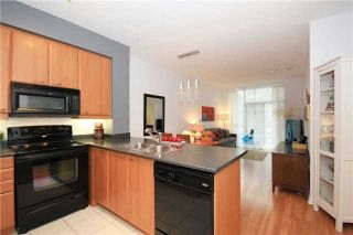 Photo 15: 111 205 W The Donway Way in Toronto: Banbury-Don Mills Condo for sale (Toronto C13)  : MLS®# C3452671