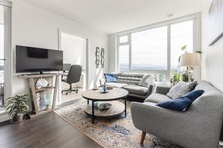 Photo 3: 2804 5665 BOUNDARY ROAD in Vancouver: Collingwood VE Condo for sale (Vancouver East)  : MLS®# R2396994