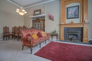 Photo 3: 7263 145 Street in Surrey: East Newton House for sale : MLS®# R2442963