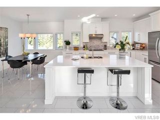 Photo 20: 2038 Troon Crt in VICTORIA: La Bear Mountain House for sale (Langford)  : MLS®# 742556