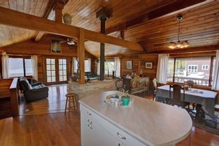 Photo 12: 7353 Kendean Road: Anglemont House for sale (North Shuswap)  : MLS®# 10239184