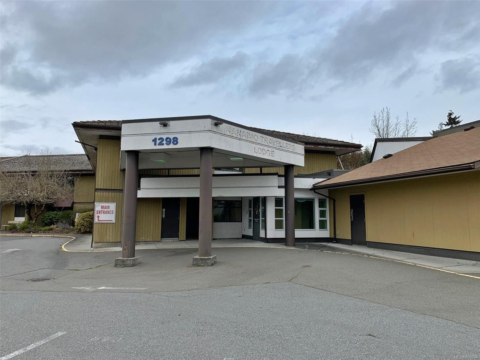 Main Photo: 1298 Nelson St in : Na Central Nanaimo Mixed Use for sale (Nanaimo)  : MLS®# 869004