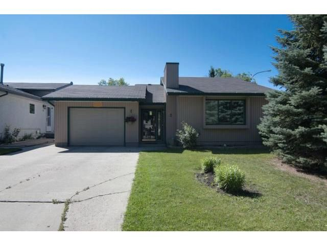 Main Photo: 2 Markwood Place in WINNIPEG: Maples / Tyndall Park Residential for sale (North West Winnipeg)  : MLS®# 1215294