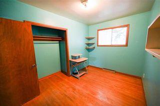 Photo 11: 1428 Mars Drive in Winnipeg: West Fort Garry Residential for sale (1Jw)  : MLS®# 202123443