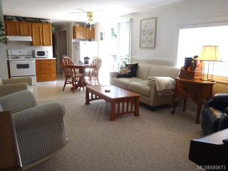Photo 2: 16 129 Meridian Way in PARKSVILLE: PQ Parksville Manufactured Home for sale (Parksville/Qualicum)  : MLS®# 680673