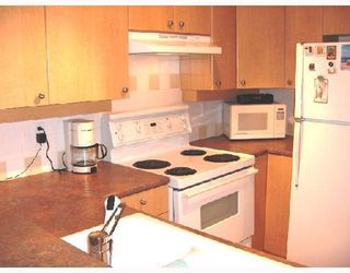 """Photo 4: 206 6676 NELSON Avenue in Burnaby: Metrotown Condo for sale in """"NELSON ON THE PARK"""" (Burnaby South)  : MLS®# V672969"""