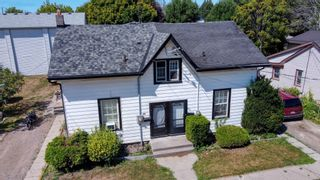 Photo 1: 353 John Street in Cobourg: House for sale : MLS®# X5180944