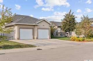 Photo 2: 230 Maguire Court in Saskatoon: Willowgrove Residential for sale : MLS®# SK873818