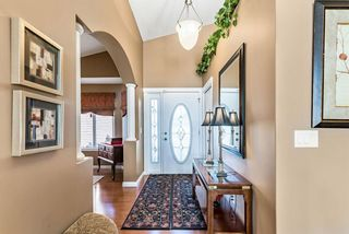 Photo 3: 1207 Highland Green Bay NW: High River Detached for sale : MLS®# A1074887