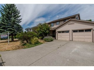 Photo 1: 35023 CASSIAR Avenue in Abbotsford: Abbotsford East House for sale : MLS®# R2191358