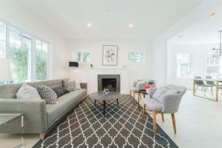Photo 2: 2733 FRASER STREET in Vancouver: Mount Pleasant VE House for sale (Vancouver East)  : MLS®# R2413407