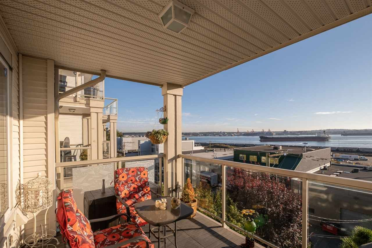 Main Photo: 306 333 E 1ST Street in North Vancouver: Lower Lonsdale Condo for sale : MLS®# R2508180