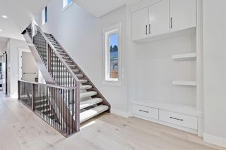 Photo 2: 622 38 Street SW in Calgary: Spruce Cliff Detached for sale : MLS®# C4290880