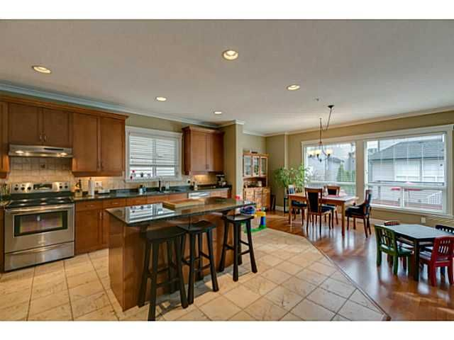 """Photo 5: Photos: 11220 BLANEY Crescent in Pitt Meadows: South Meadows House for sale in """"Bonson Landing"""" : MLS®# V1091417"""
