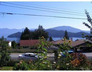 Photo 9: 605 MARTIN Road in Gibsons: Gibsons & Area House for sale (Sunshine Coast)  : MLS®# V734747