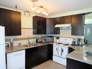 """Photo 6: 5 45640 STOREY Avenue in Sardis: Sardis West Vedder Rd Townhouse for sale in """"WHISPERING PINES"""" : MLS®# R2306187"""