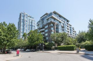"""Photo 24: 311 1288 MARINASIDE Crescent in Vancouver: Yaletown Condo for sale in """"Crestmark I"""" (Vancouver West)  : MLS®# R2602916"""