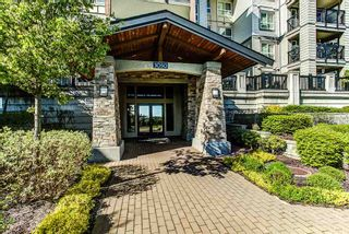 """Main Photo: 409 3050 DAYANEE SPRINGS Boulevard in Coquitlam: Westwood Plateau Condo for sale in """"LANTERNS"""" : MLS®# R2055375"""