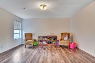 """Photo 28: 6219 189TH STREET Street in Surrey: Cloverdale BC House for sale in """"Eaglecrest"""" (Cloverdale)  : MLS®# R2549565"""