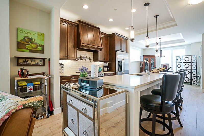 """Photo 7: Photos: 48 45462 TAMIHI Way in Chilliwack: Vedder S Watson-Promontory Townhouse for sale in """"Brixton Station"""" (Sardis)  : MLS®# R2207205"""