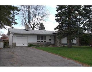 Photo 1: 15 Glenmanor Dr in nepean: Residential Detached for sale : MLS®# 828743