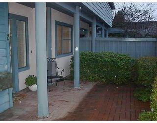 Photo 2: # 2 2118 EASTERN AV in North Vancouver: Condo for sale : MLS®# V755125
