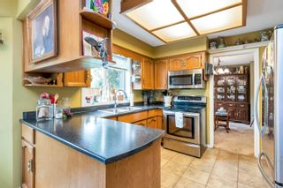 """Photo 10: 16043 10A Avenue in Surrey: King George Corridor House for sale in """"South Meridian"""" (South Surrey White Rock)  : MLS®# R2612889"""