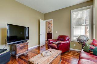 Photo 4: 3731 42 Street SW in Calgary: Glenbrook Semi Detached for sale : MLS®# A1132600