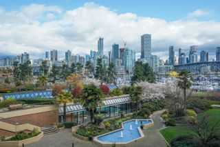 """Photo 15: 301 1470 PENNYFARTHING Drive in Vancouver: False Creek Condo for sale in """"Harbour Cove"""" (Vancouver West)  : MLS®# R2563951"""