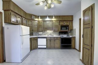 Photo 7: 2104 Victoria Crescent NW in Calgary: Banff Trail Detached for sale : MLS®# A1041397