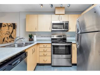 """Photo 5: 325 332 LONSDALE Avenue in North Vancouver: Lower Lonsdale Condo for sale in """"Calypso"""" : MLS®# R2625406"""
