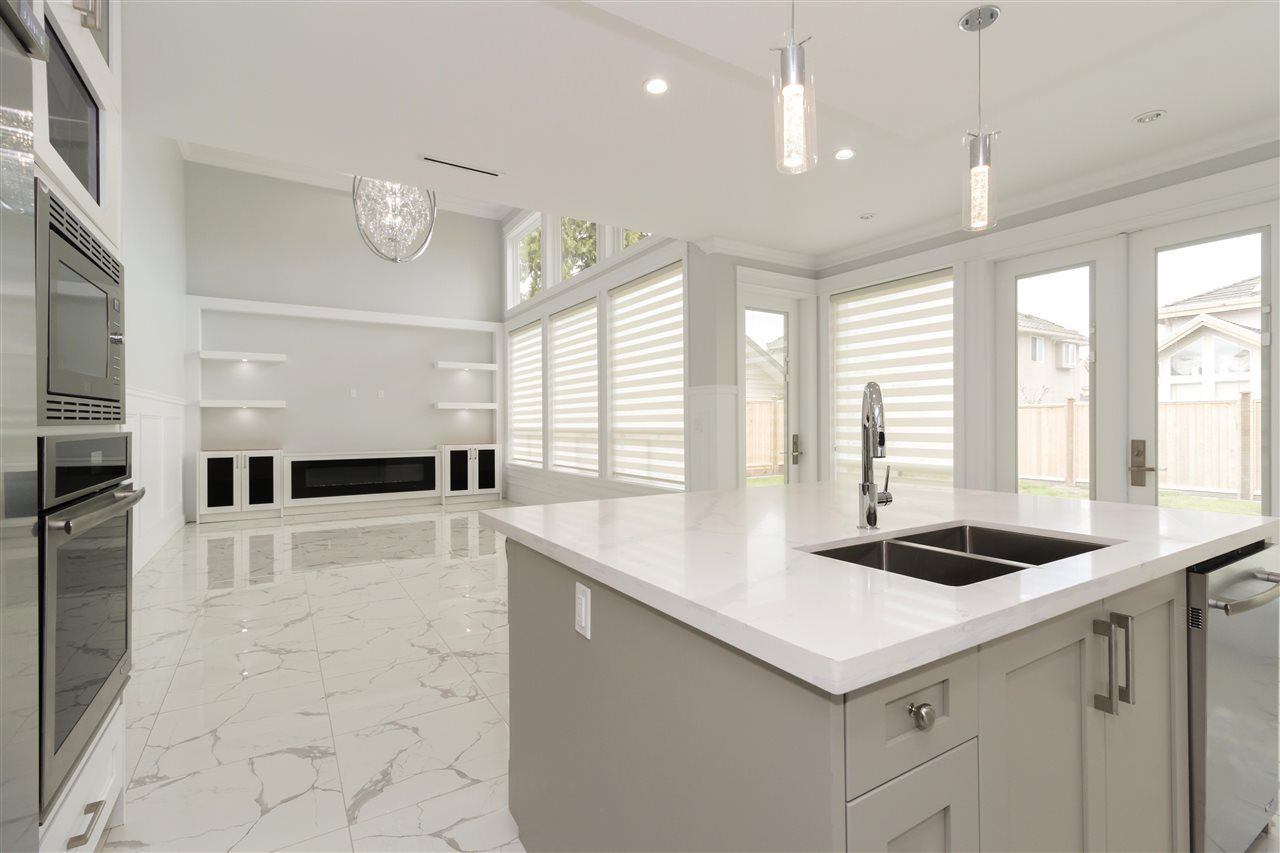 Photo 6: Photos: 10251 RUSKIN Road in Richmond: South Arm House for sale : MLS®# R2374074