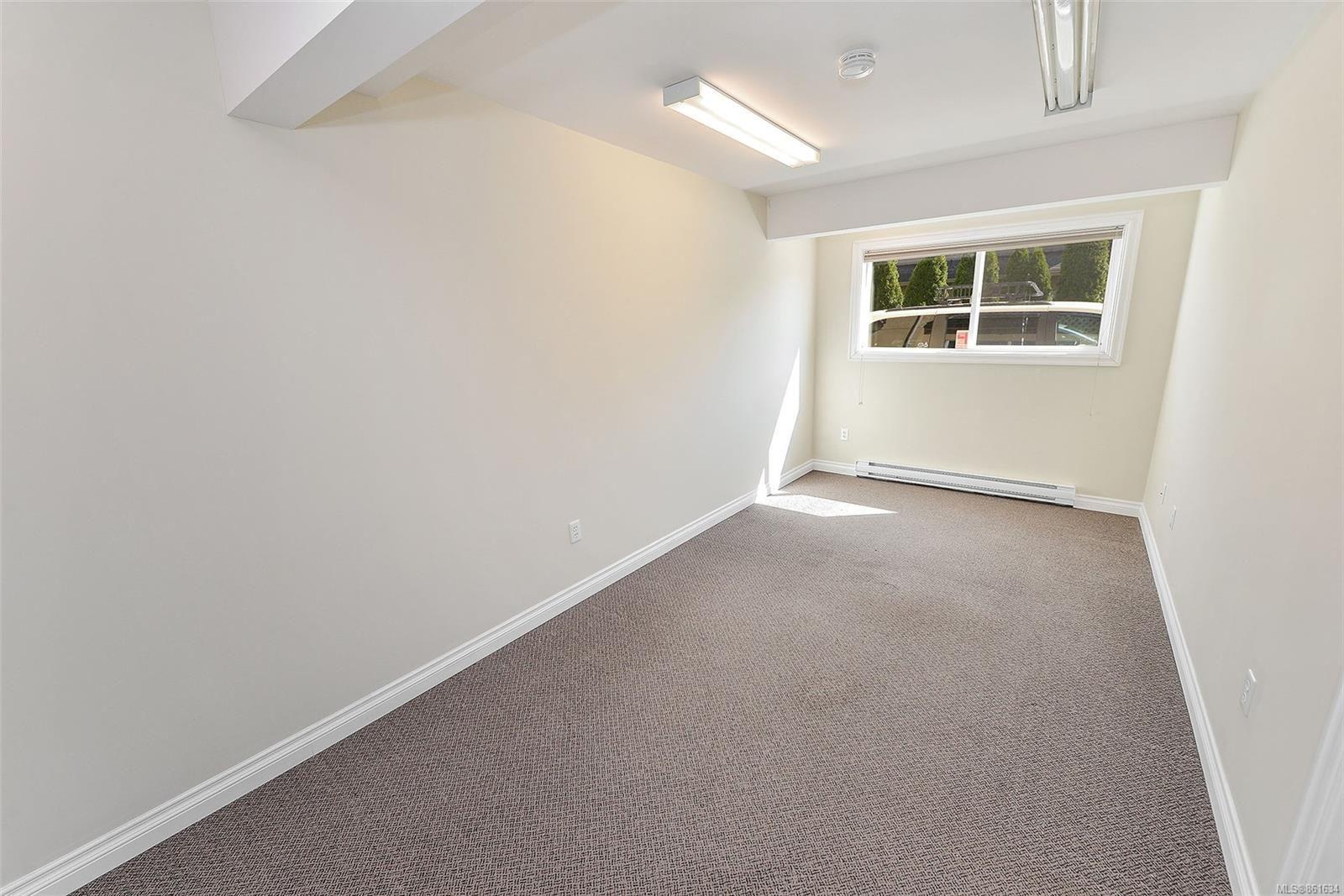 Photo 7: Photos: 367 E Burnside Rd in : Vi Burnside Quadruplex for sale (Victoria)  : MLS®# 861634
