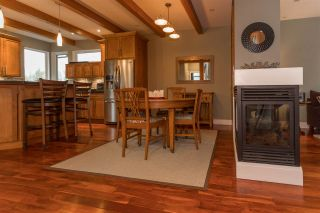 Photo 4: 39745 GOVERNMENT Road in Squamish: Northyards 1/2 Duplex for sale : MLS®# R2225663