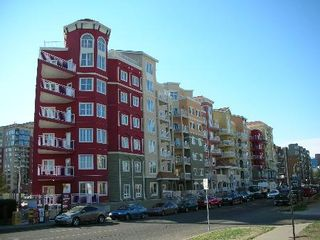 Photo 1: #610, 10333 - 112 STREET: Condo for sale (Oliver)