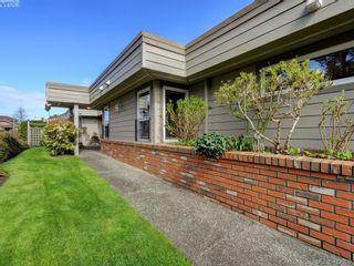 Photo 23: 4647 Lochside Dr in VICTORIA: SE Broadmead Half Duplex for sale (Saanich East)  : MLS®# 818778