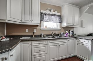 Photo 5: 1808 F Avenue North in Saskatoon: Mayfair Residential for sale : MLS®# SK863658