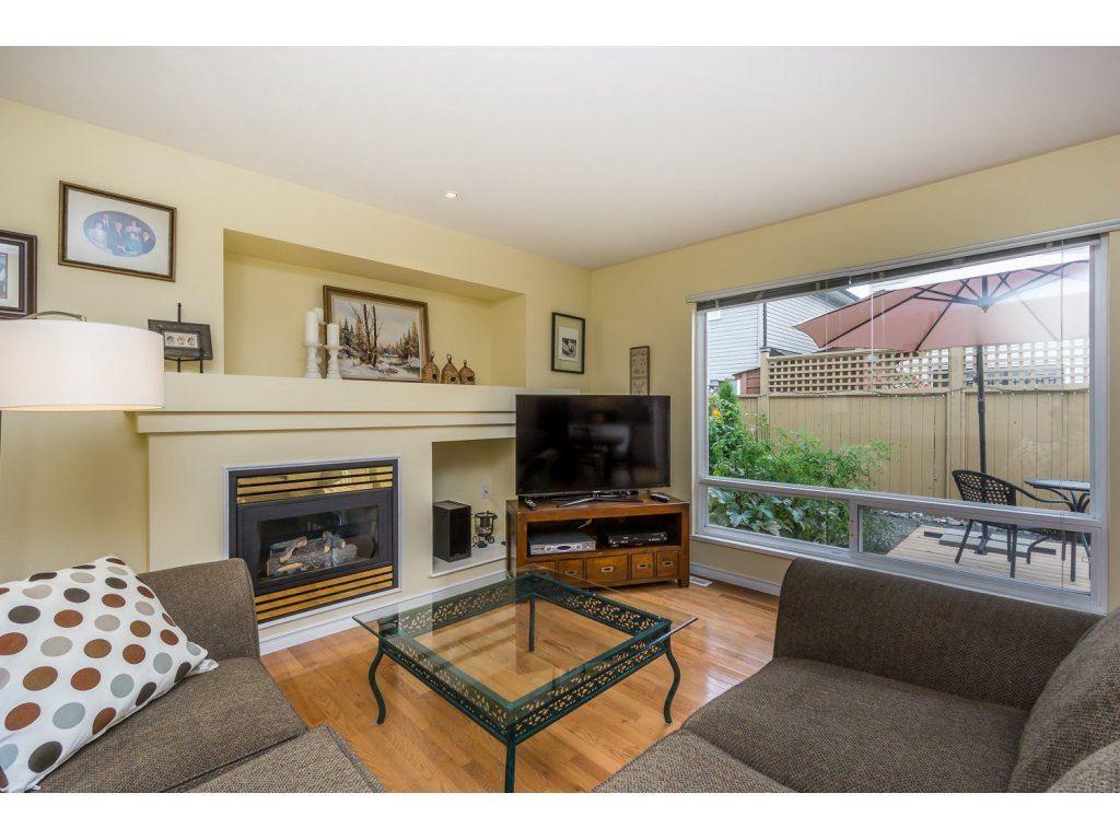 Photo 12: Photos: 9456 202B Street in Langley: Walnut Grove House for sale : MLS®# R2125683