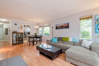 """Photo 4: 7 1828 LILAC Drive in Surrey: King George Corridor Townhouse for sale in """"Lilac Green"""" (South Surrey White Rock)  : MLS®# R2391831"""