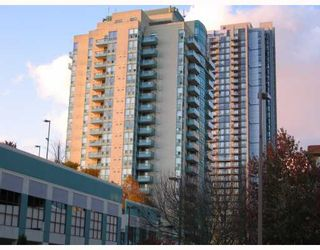 "Photo 1: 606 1148 HEFFLEY Crescent in Coquitlam: North Coquitlam Condo for sale in ""THE CENTURA"" : MLS®# V795561"