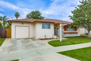 Photo 3: EAST ESCONDIDO House for sale : 3 bedrooms : 2042 Lee Dr. in Escondido