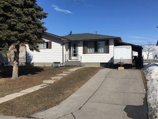 Photo 1: 2012 47 Street SE in Calgary: Forest Lawn Detached for sale : MLS®# C4229006