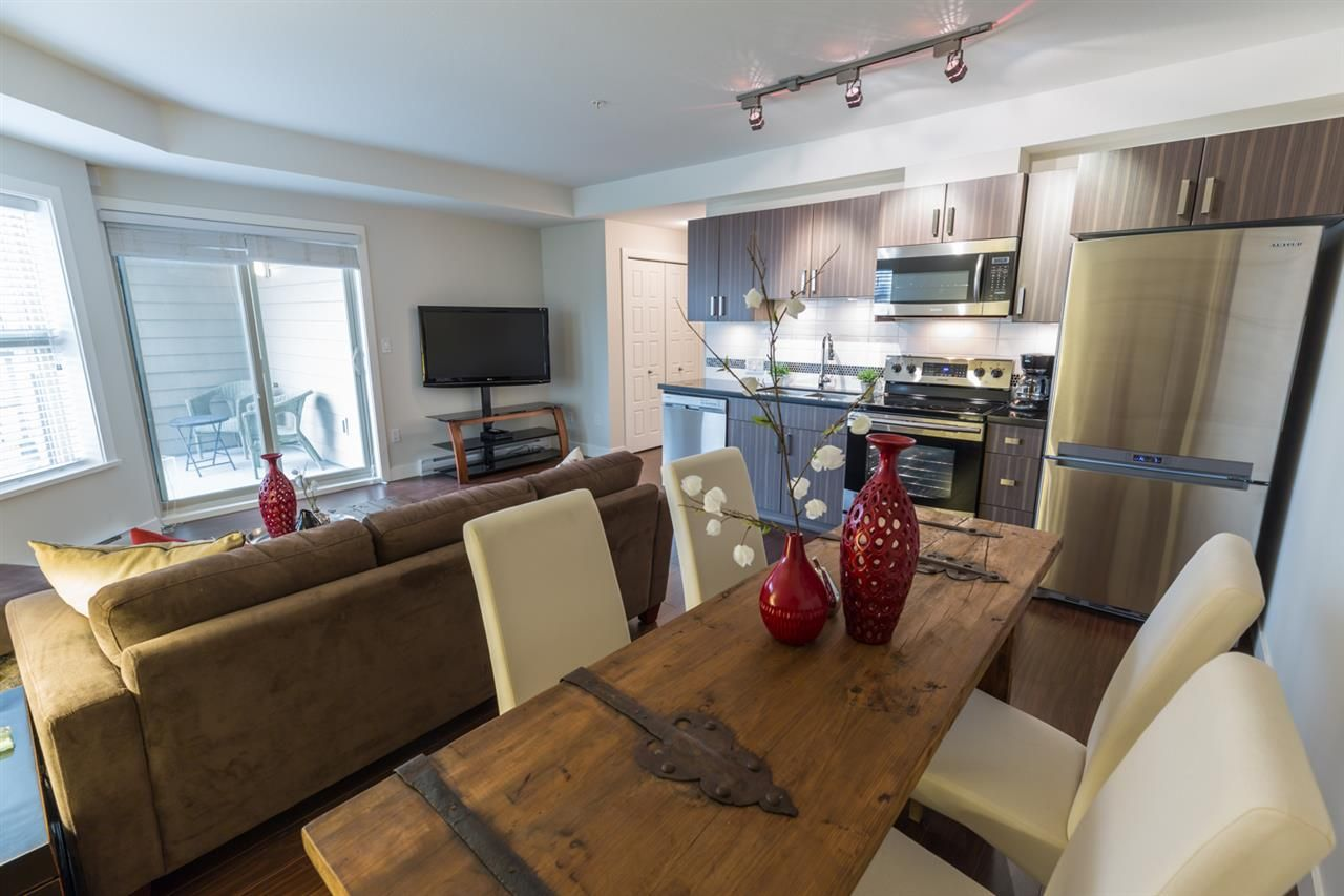 """Main Photo: 312 20219 54A Avenue in Langley: Langley City Condo for sale in """"Suede"""" : MLS®# R2202360"""
