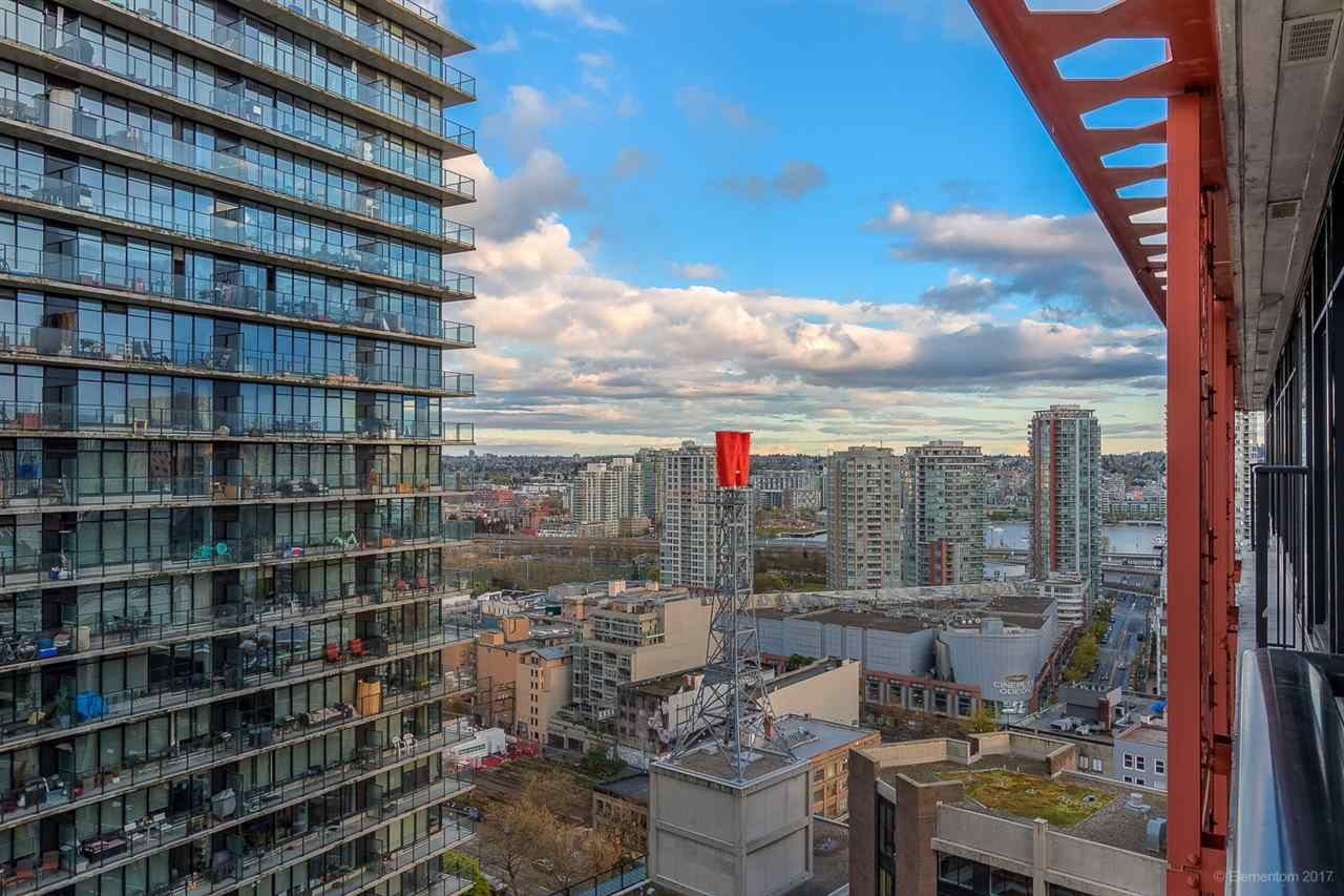 """Photo 14: Photos: 2503 128 W CORDOVA Street in Vancouver: Downtown VW Condo for sale in """"WOODWARDS W43"""" (Vancouver West)  : MLS®# R2199379"""