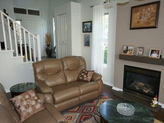 """Photo 3: 43 2200 PANORAMA Drive in Port Moody: Heritage Woods PM Townhouse for sale in """"QUEST"""" : MLS®# V909873"""
